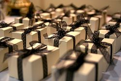 Gifts by stevendepolo